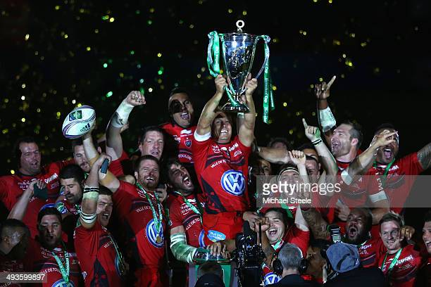 Jonny Wilkinson of Toulon lifts the winners trophy after his sides 23-6 victory during the Heineken Cup Final match between Toulon and Saracens at...