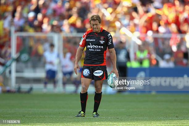 Jonny Wilkinson of Toulon looks dejected as his team are defeated during the Heineken Cup quarter final match between Perpignan and Toulon at the...