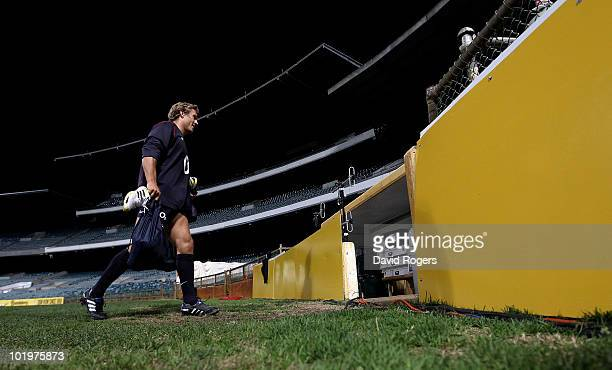 Jonny Wilkinson walks to the dressing rooms after the England training session held at the Subiaco Oval on June 11, 2010 in Perth, Australia.