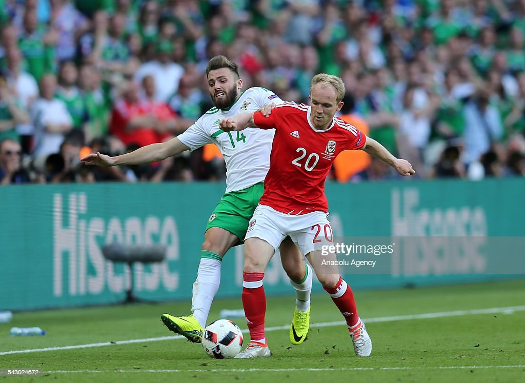 Wales v Northern Ireland: Euro 2016 : News Photo