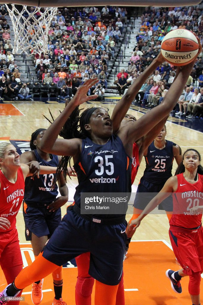 Jonquel Jones #35 of the Connecticut Sun goes to the basket against the Washington Mystics during a WNBA game on June 13, 2018 at the Mohegan Sun Arena in Uncasville, Connecticut.