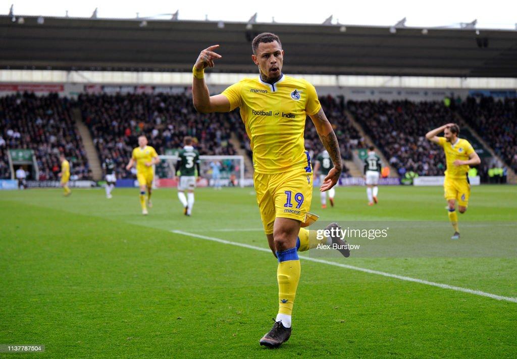 Plymouth Argyle v Bristol Rovers - Sky Bet League One : ニュース写真