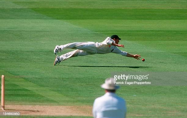 Jonty Rhodes fielding England v South Africa 2nd Test Lord's Jun 98