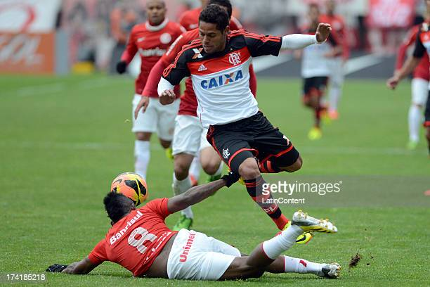 João Paulo of Flamengo fights for the ball with Willians of Internacional during a match between Flamengo and Internacional as part of the Brazilian...