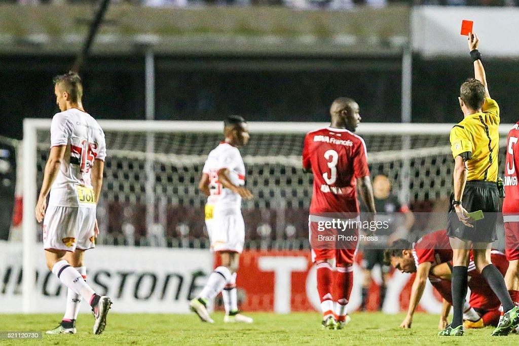 Sao Paulo v River Plate - Copa Bridgestone Libertadores 2016