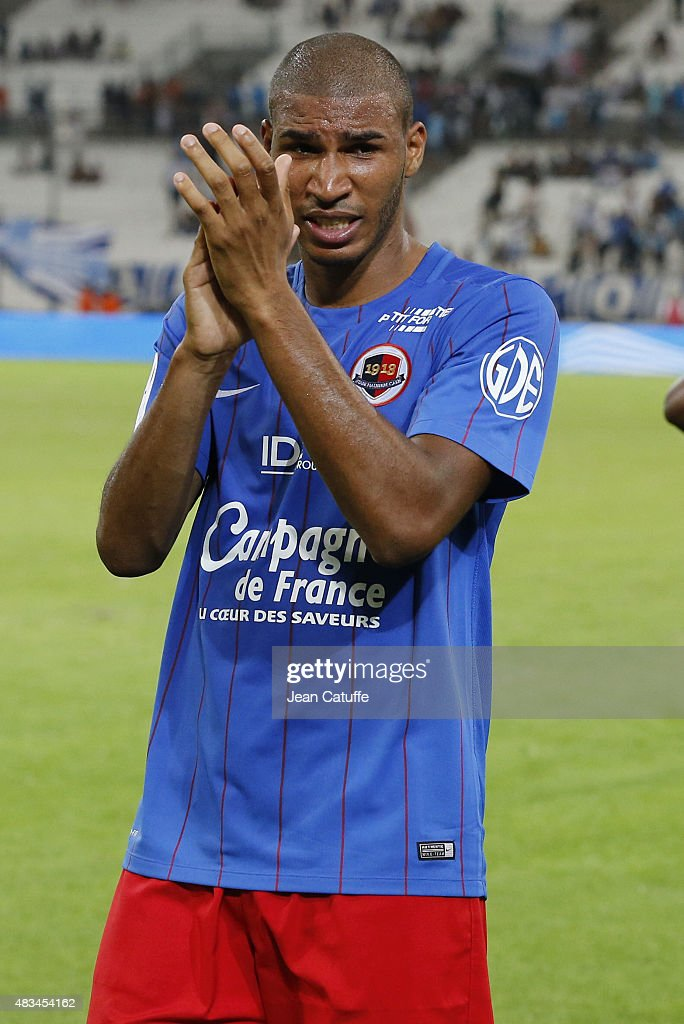 Jordan Adeoti of SM Caen thanks the supporters following the French Ligue 1 match between Olympique de Marseille (OM) and SM Caen at Stade Velodrome on August 8, 2015 in Marseille, France.
