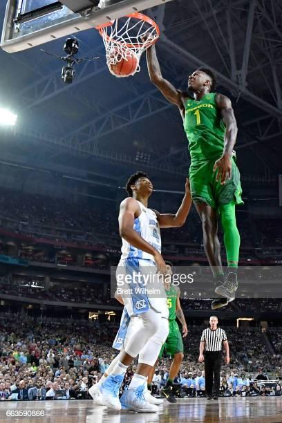 Jordan Bell of the Oregon Ducks dunks during the 2017 NCAA Men's Final Four Semifinal against the North Carolina Tar Heels at University of Phoenix...