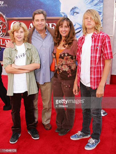 Jordan Bridges Beau Bridges Wendy Bridges and Dylan Bridges