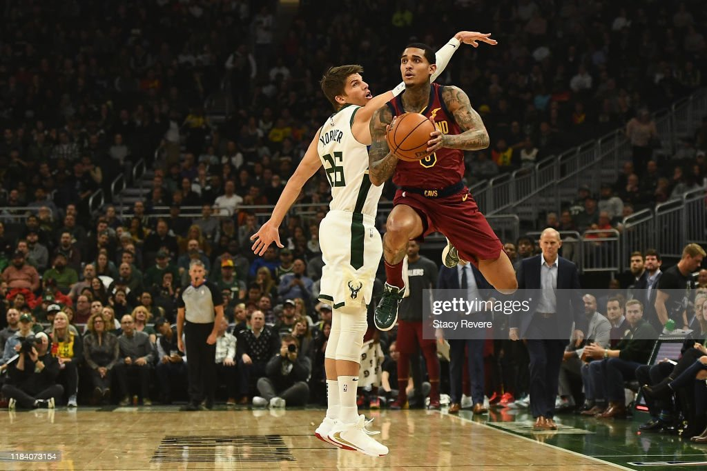 Cleveland Cavaliers v Milwaukee Bucks : News Photo