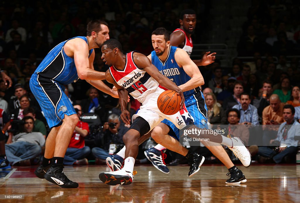 Jordan Crawford #15 of the Washington Wizards drives against Hedo Turkoglu #15 of the Orlando Magic during the game at the Verizon Center on February 29, 2012 in Washington, DC.