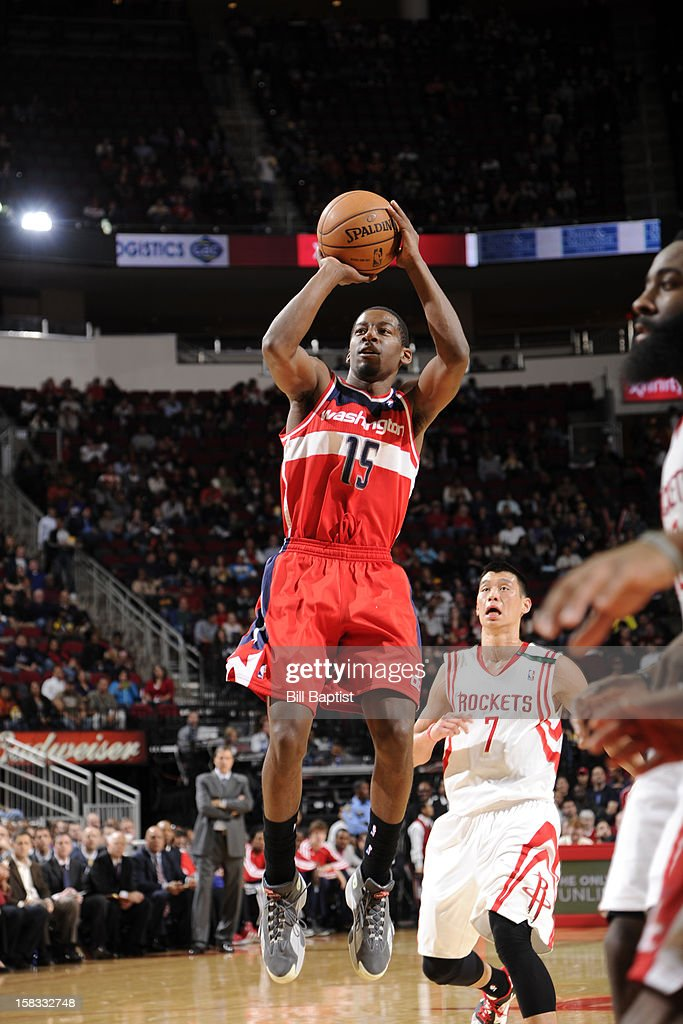 Jordan Crawford #15 of the Washington Wizards shoots against the Houston Rockets on December 12, 2012 at the Toyota Center in Houston, Texas.