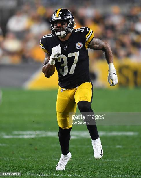 Jordan Dangerfield of the Pittsburgh Steelers in action during the game against the Cincinnati Bengals at Heinz Field on September 30, 2019 in...