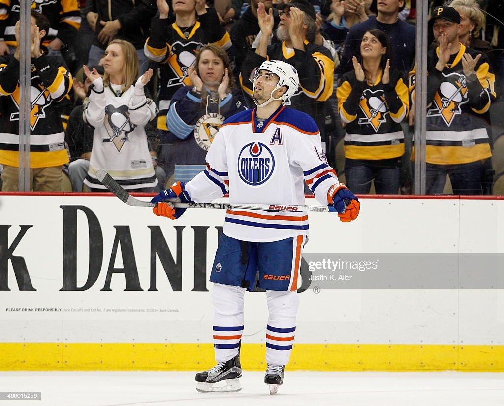 Edmonton Oilers v Pittsburgh Penguins : News Photo