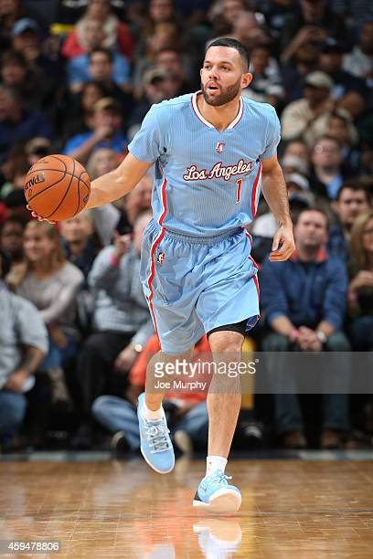 Jordan Farmar of the Los Angeles Clippers handles the ball against the Memphis Grizzlies during the game on November 23 2014 at FedExForum in Memphis...