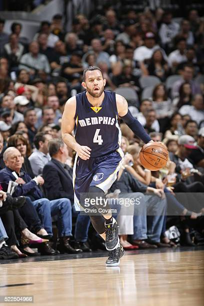 Jordan Farmar of the Memphis Grizzlies brings the ball up court against the San Antonio Spurs in Game Two of the Western Conference Quarterfinals...