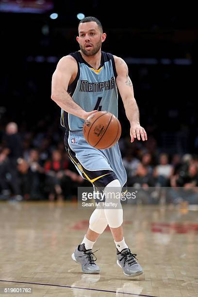 Jordan Farmar of the Memphis Grizzlies dribbles upcourt during a game between the Memphis Grizzlies and Los Angeles Lakers at Staples Center on March...