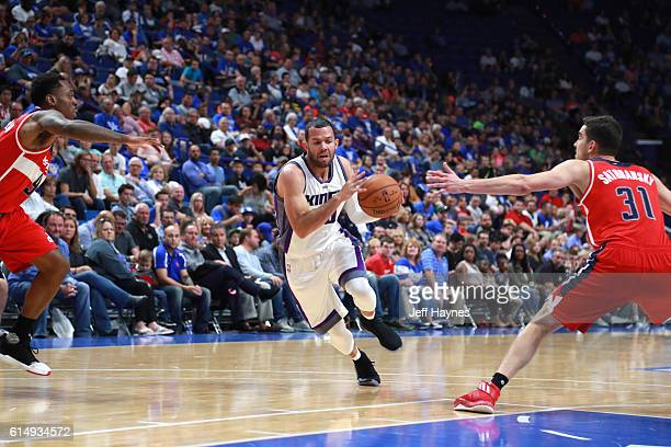 Jordan Farmar of the Sacramento Kings drives to the basket against the Washington Wizards on October 15 2016 at Rupp Arena in Lexington Kentucky NOTE...
