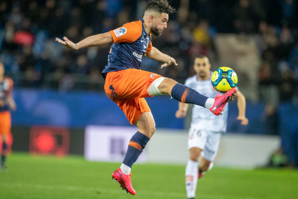 MHSC -EQUIPE DE MONTPELLIER -LIGUE1- 2019-2020 - Page 4 Jordan-ferri-of-montpellier-controls-the-ball-during-the-montpellier-picture-id1201933077?k=6&m=1201933077&s=612x612&w=0&h=HU_mERpSCWX_RMe2ccsTI0e8JvJiDeqMHaK-lsVGnPE=