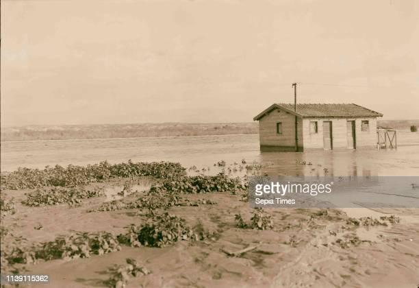 Jordan floods . Bridge guard house in midst of floods. 1935