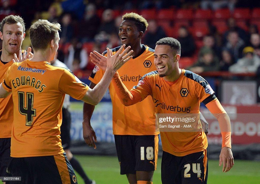 Charlton Athletic v Wolverhampton Wanderers   - Sky Bet Championship : News Photo