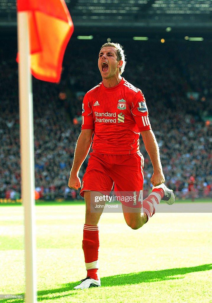 Liverpool v Bolton Wanderers - Premier League : ニュース写真