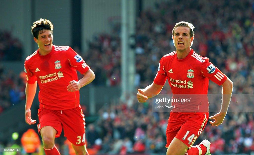 Liverpool v Bolton Wanderers - Premier League : News Photo