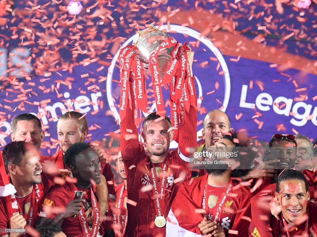Liverpool FC v Chelsea FC - Premier League : Foto jornalística