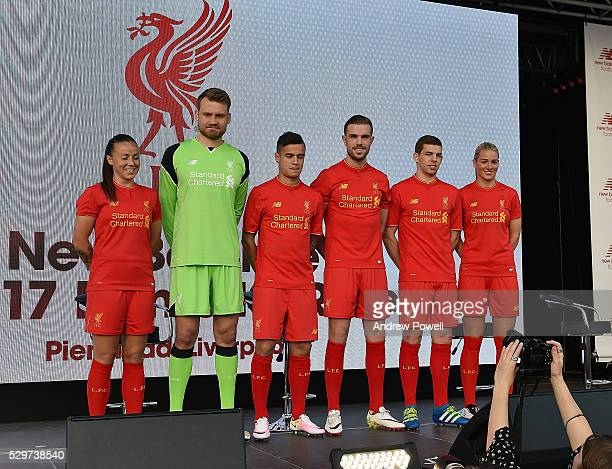 detailed look f5f03 fdf5c Liverpool Fc Kit Launch Pictures and Photos