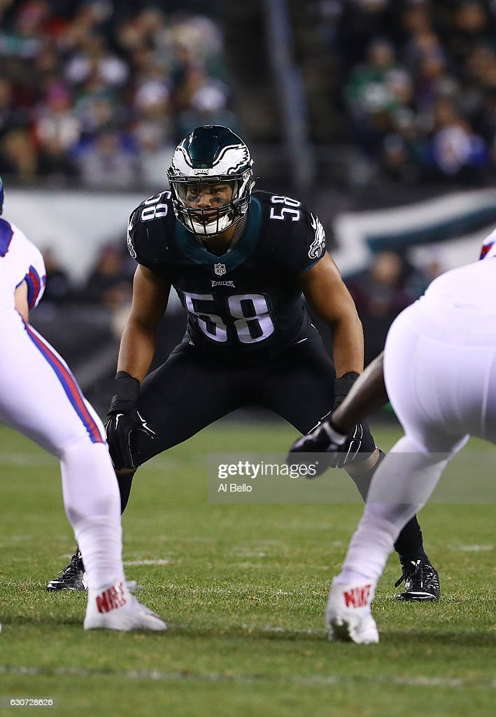Jordan Hicks #58 of the Philadelphia Eagles in action against the New York Giants during their game at Lincoln Financial Field on December 22, 2016 in Philadelphia, Pennsylvania.