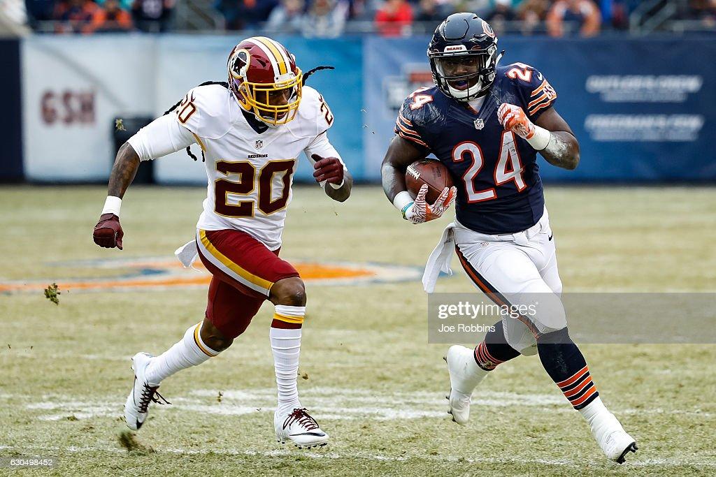 Washington Redskins v Chicago Bears : News Photo