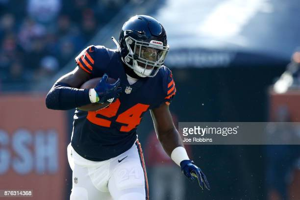 Jordan Howard of the Chicago Bears carries the football in the first quarter against the Detroit Lions at Soldier Field on November 19 2017 in...