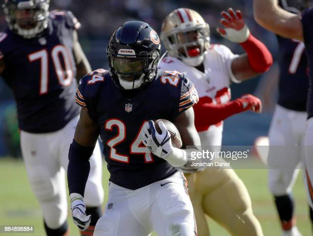 Jordan Howard of the Chicago Bears carries the football in the first quarter against the San Francisco 49ers at Soldier Field on December 3 2017 in...