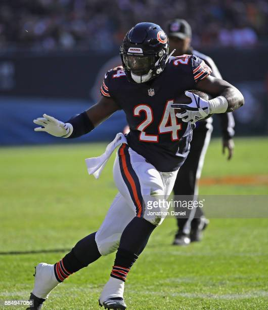 Jordan Howard of the Chicago Bears runs against the San Francisco 49ers at Soldier Field on December 3 2017 in Chicago Illinois The 49ers defeated...