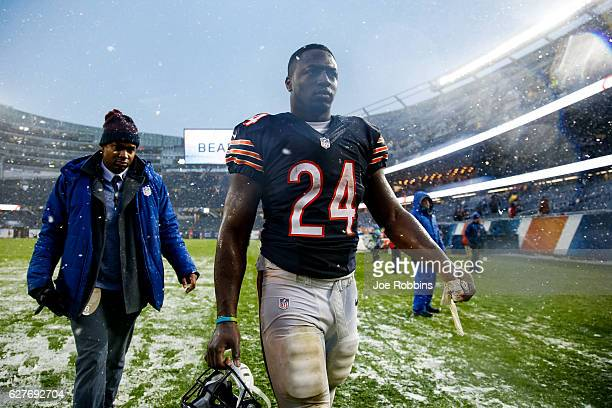 Jordan Howard of the Chicago Bears walks toward the locker room at the conclusion of the game against the San Francisco 49ers at Soldier Field on...