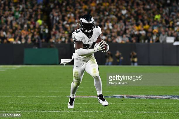 Jordan Howard of the Philadelphia Eagles catches a pass for a touchdown during a game against the Green Bay Packers at Lambeau Field on September 26,...