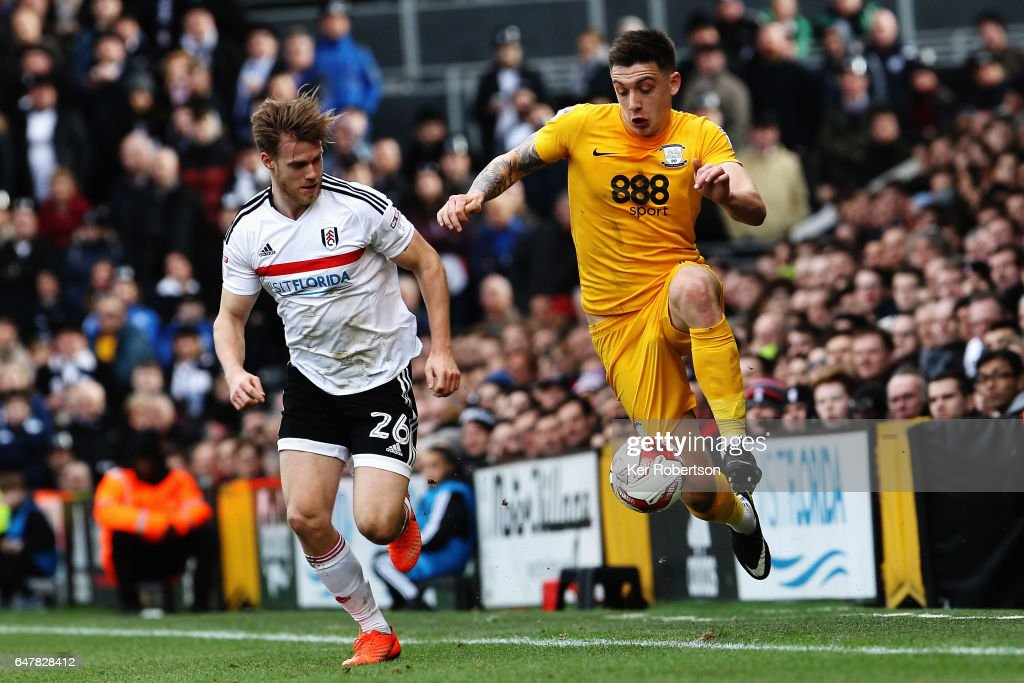 Jordan Hugill (R) of Preston North End holds off the challenge of Tomas Kalas (L) of Fulham during the Sky Bet Championship match between Fulham and Preston North End at Craven Cottage on March 4, 2017 in London, United Kingdom.