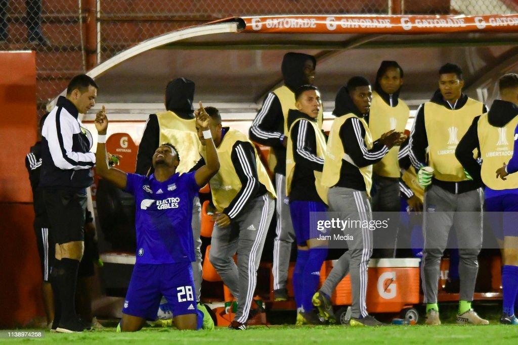 ARG: Huracan v Emelec - Copa CONMEBOL Libertadores 2019