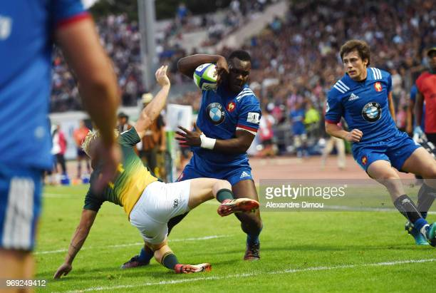 Jordan Joseph of France scores his second try during the U20 World Championship match between South Africa and France on June 7, 2018 in Narbonne,...