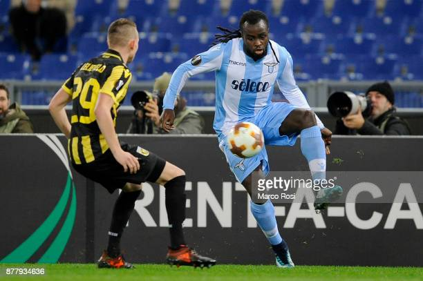 Jordan Lukaku of SS Lazio compete for the ball with Julian Lelleveld of Vitesse during the UEFA Europa League group K match between SS Lazio and...