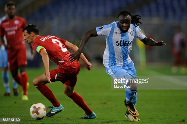 Jordan Lukaku of SS Lazio competes for the ball with Davy De fauw during the UEFA Europa League group K match between SS Lazio and SV Zulte Waregem...