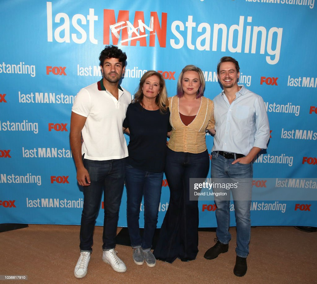 "FOX Celebrates The Premiere Of ""Last Man Standing"" With The ""Last Fan Standing"" Marathon Event : Fotografía de noticias"