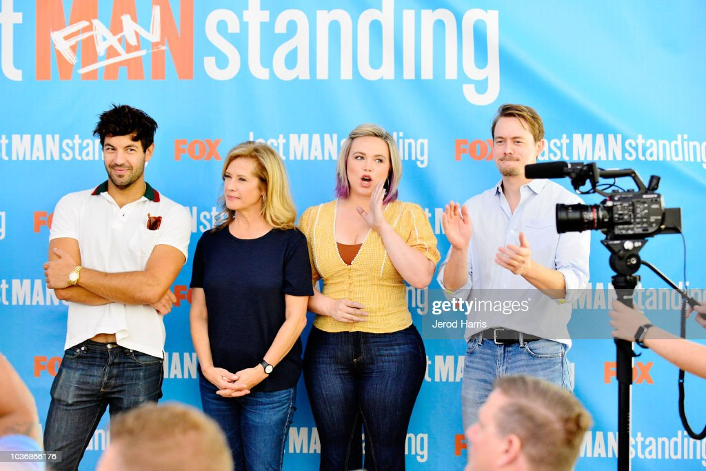 """FOX Celebrates The Premiere Of """"Last Man Standing"""" With The """"Last Fan Standing"""" Marathon Event : News Photo"""