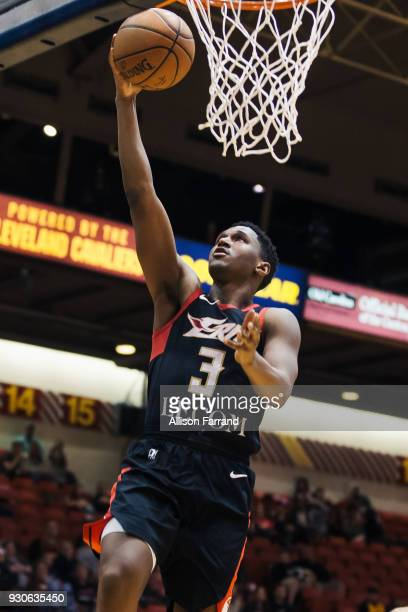 Jordan Mathews of the Erie BayHawks dunks against the Canton Charge on March 11 2018 at Canton Memorial Civic Center in Canton Ohio NOTE TO USER User...