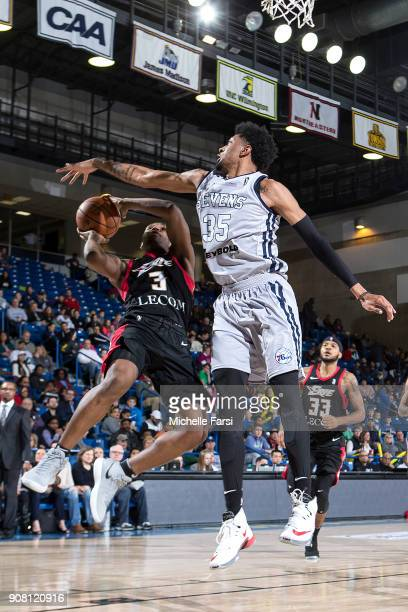 Jordan Mathews of the Erie BayHawks shoots the ball against the Delaware 87ers during an NBA GLeague game on January 20 2018 at the Bob Carpenter...