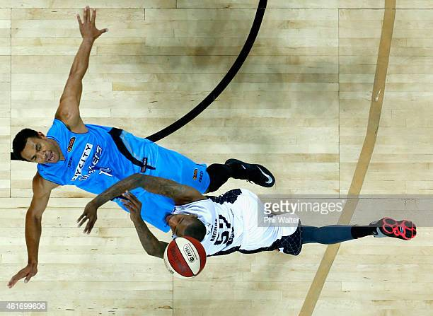 Jordan McRae of Melbourne United collides with Mika Vukona of the NZ Breakers during the round 15 NBL match between the New Zealand Breakers and...