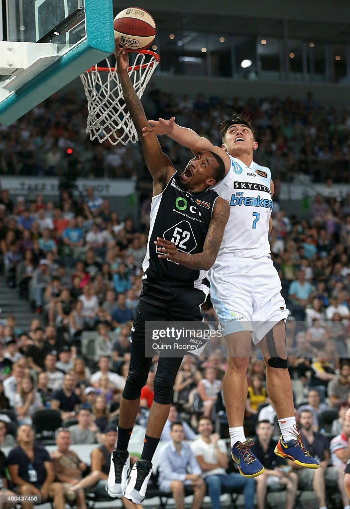 NBL Rd 10 - Melbourne v New Zealand : News Photo