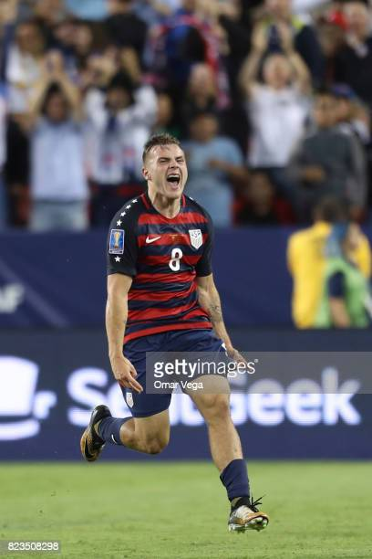Jordan Morris of United States celebrates after scoring the second goal of his team during the CONCACAF Gold Cup 2017 final match between United...