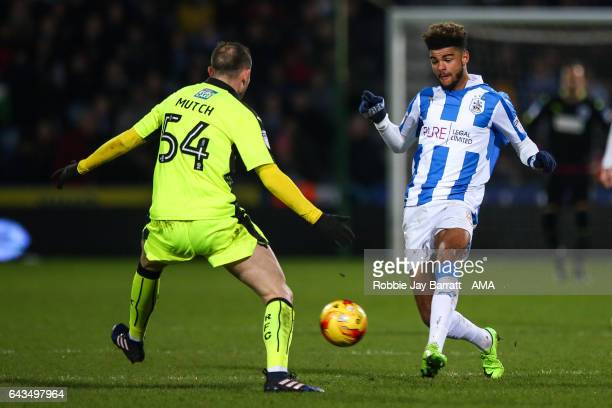 Jordan Mutch of Reading and Philip Billing of Huddersfield Town during the Sky Bet Championship match between Huddersfield Town and Reading at The...