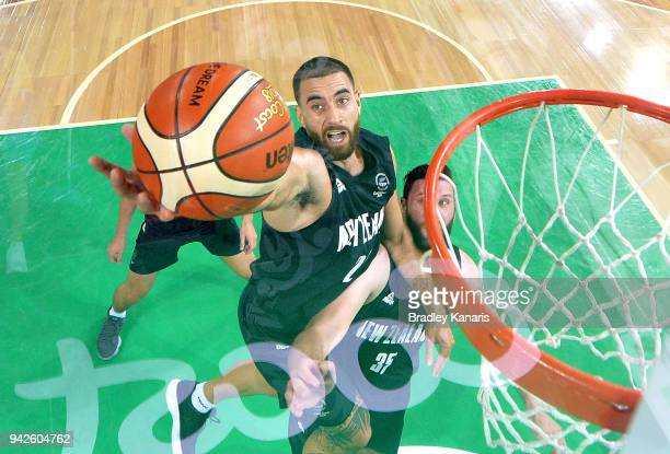 Jordan Ngatai of New Zealand drives to the basket during the Basketball match between New Zealand and Nigeria on day two of the Gold Coast 2018...