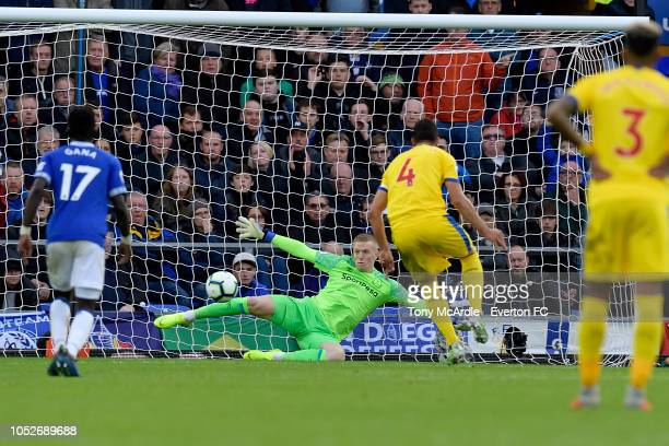 Jordan Pickford of Everton save the penalty of Luka Milivojevic during the Premier League match between Everton and Crystal Palace at Goodison Park...